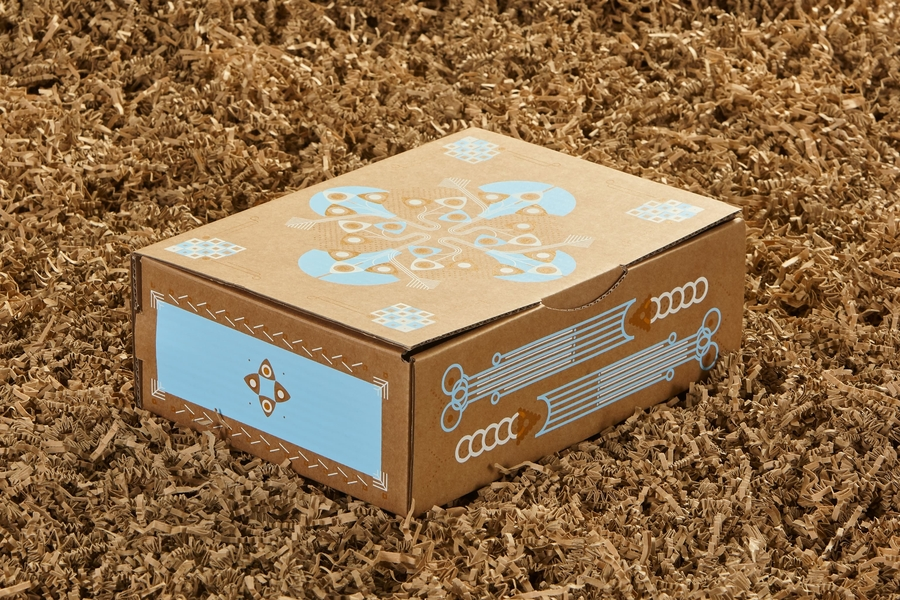 UNDOREDO_UND_Christmas_Box_16_medium