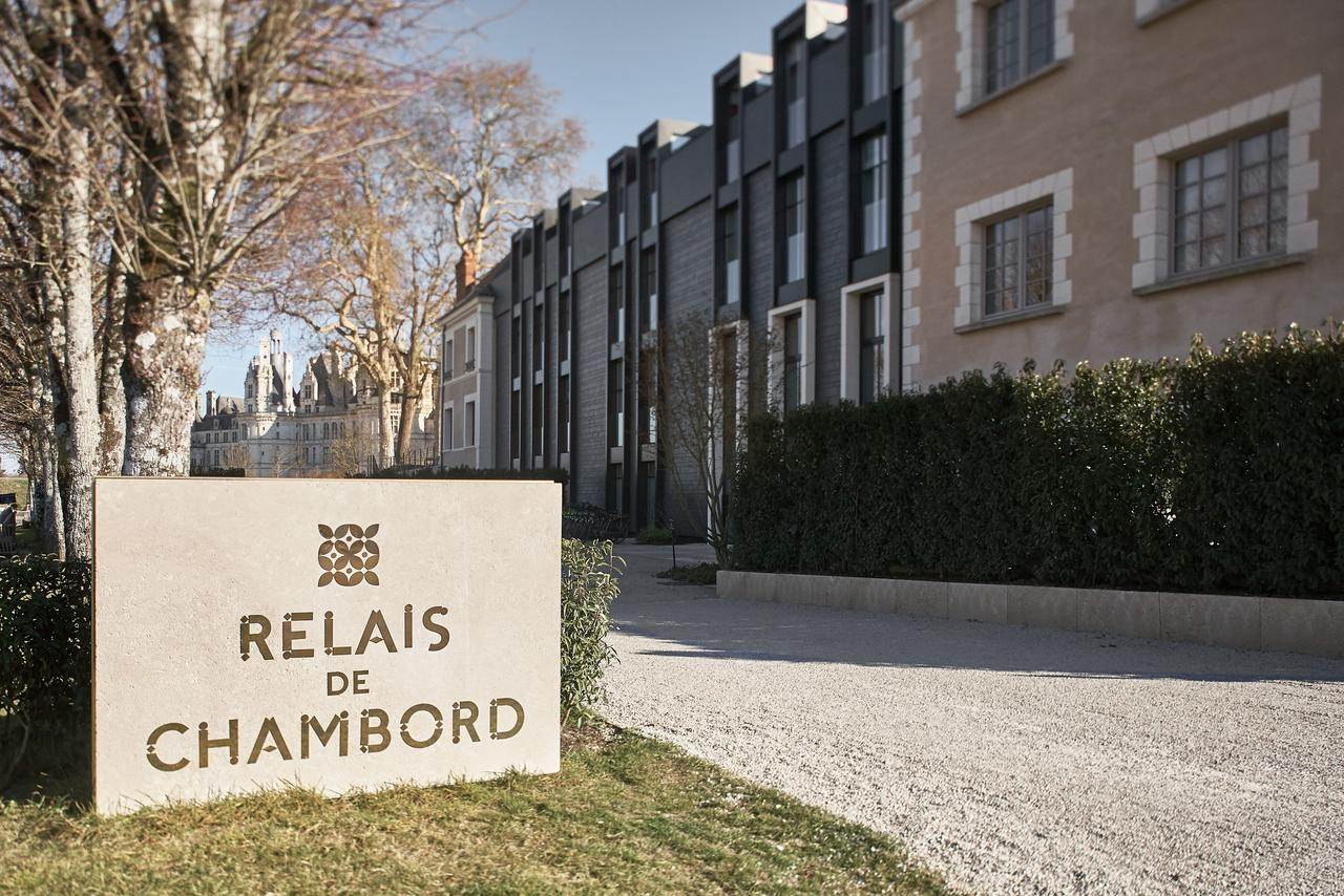 UNDOREDO MAR Relais Chambord SIGN 01 large