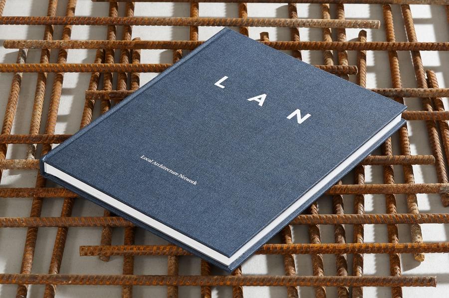 UNDOREDO_LAN_Book_02_medium